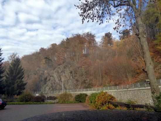 Rabenau, Deutschland: >Blick vom Hotel vorn
