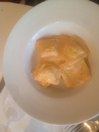 Tipamasaro : ravioli di branzino
