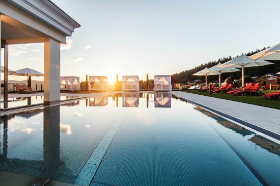 Landromantik Wellness Hotel Oswald: Dachpool