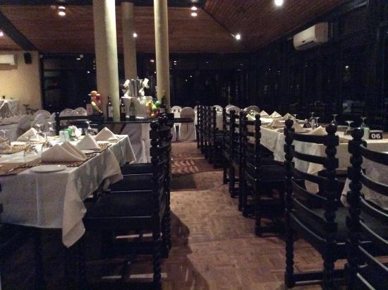 The Lake Restaurant: Dinner