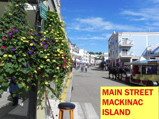 Mackinac Island Carriage Tours: Mackinac Island September 2015