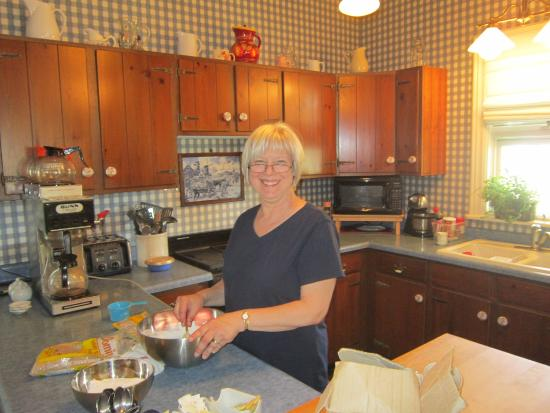 Sodus Point, NY: Chef Claudine at your service