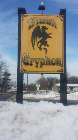 Black Gryphon: Main sign