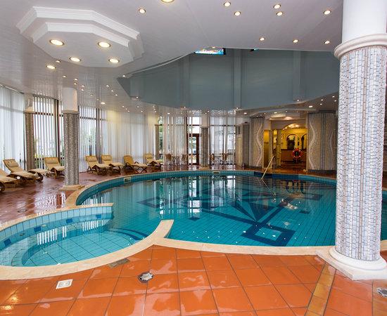 Helena park hotel bewertungen fotos preisvergleich for Preisvergleich swimmingpool