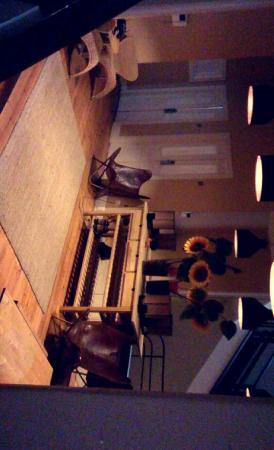 Spot Oporto Hostel: Snapchat-7459351474686780819_large.jpg