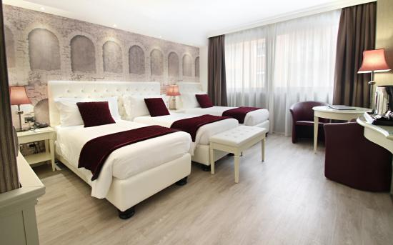 Hotel Giberti: Delux room