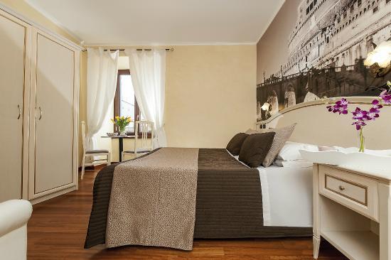 Le Suite di via Catone: Connected Room