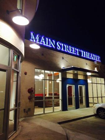 ‪Main Street Theater‬