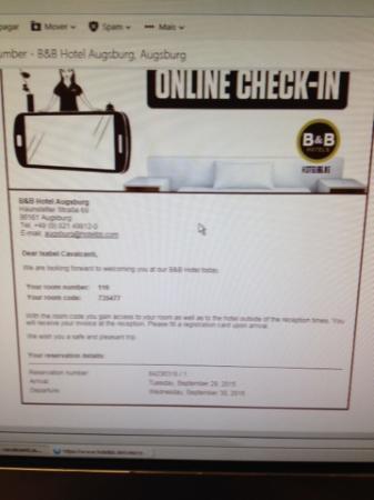 B&B Hotel Augsburg: se fizer o check in on line tenha sempre em mãos o código de acesso que é enviado por email