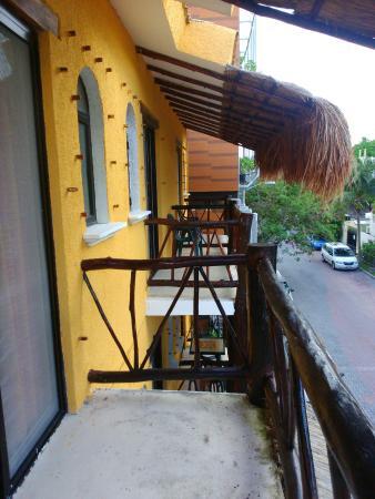 Bosque Caribe Hotel: Fotos de habitación para una persona y alberca
