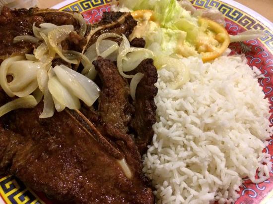 Yim Saan Hotel & Restaurant: Steak
