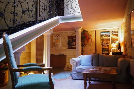 hotel de blauvac avignon france voir les tarifs 43 avis et 95 photos. Black Bedroom Furniture Sets. Home Design Ideas