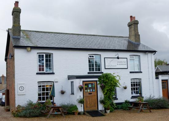 The White Pheasant Limited: The White Pheasant, Fordham, Ely