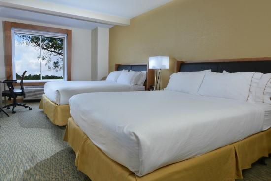 Holiday Inn Express & Suites High Point South: Rest and relax in our spacious rooms.