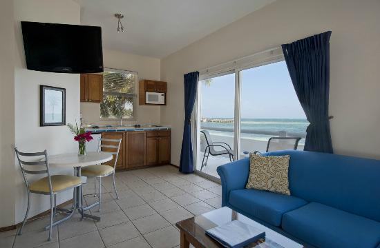 Mata Rocks Resort: Ocean Front Junior Suite