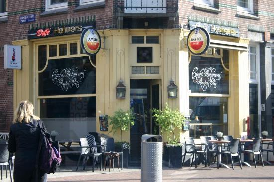 Cafe Helmers