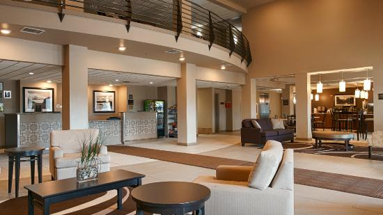 Best Western Plus Chena River Lodge: Lobby