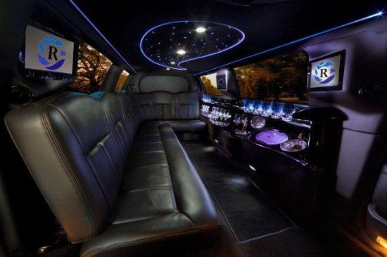 Riverbend Limousine and Tours