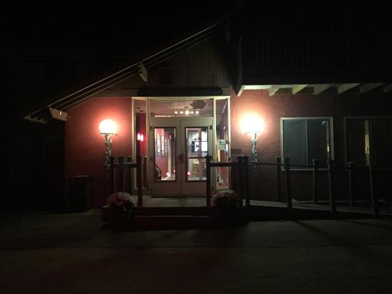 Zoey's Double Hex Restaurant: photo0.jpg