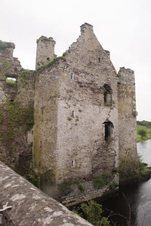 Carrigadrohid Castle