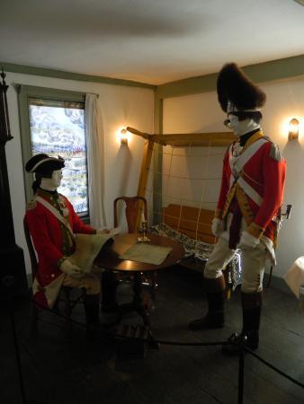 Munroe Tavern: Inside the British Headquarters