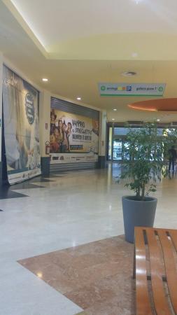 Centro Commerciale I Papiri