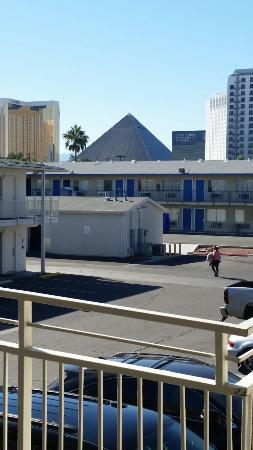 Motel 6 Las Vegas - Tropicana: 20151101_134344_large.jpg