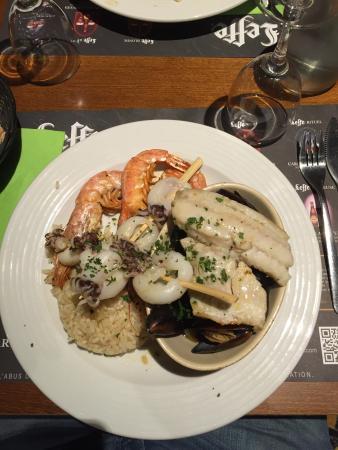 Metropole Bar Brasserie