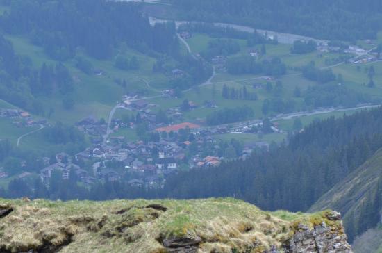 Grindelwald, Szwajcaria: ふもとの町