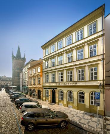 Bishop 39 s house desde praga rep blica checa for Domus balthasar tripadvisor