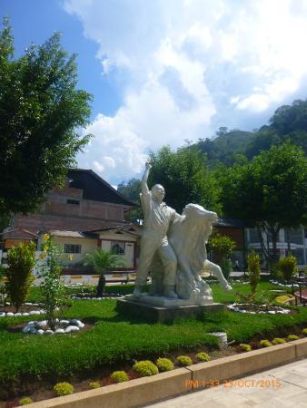 Plaza de Armas de Pozuzo