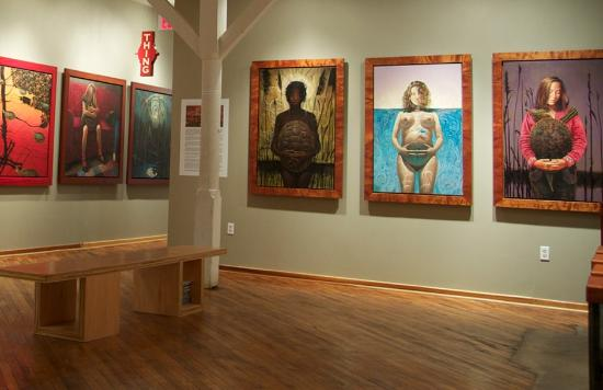 Jim Thorpe, Пенсильвания: The gallery is housed in an old wireworks factory