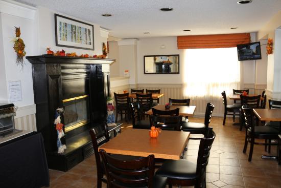 Ingersoll, แคนาดา: Breakfast Area