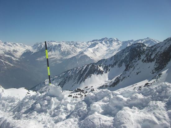 Station de Ski Luz Ardiden : Panorama sur la chaine des Pyrénées