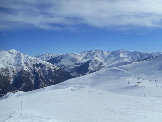 Station de Ski Luz Ardiden : Journée ensoleillée