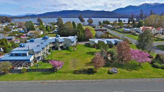 Photo of Explorer Motel & Apartments Te Anau