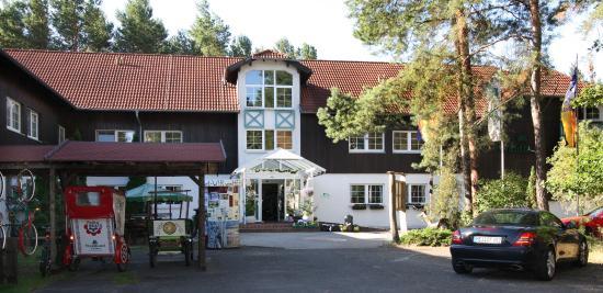 Spree-Waldhotel Cottbus : Waldhotel Entrance