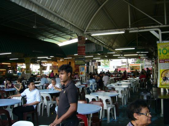 Tanjung Tokong, Malasia: 開店直後はこんな感じで
