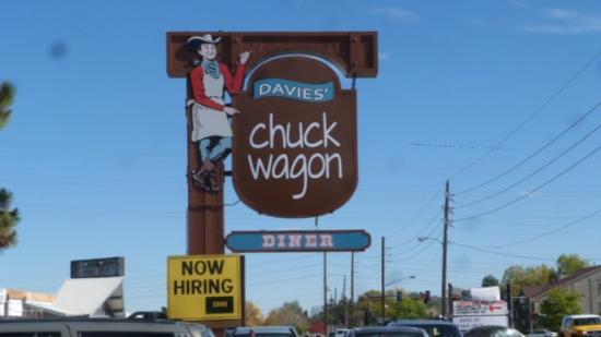 Davies Chuck Wagon Diner: Davies Chuck Wagon