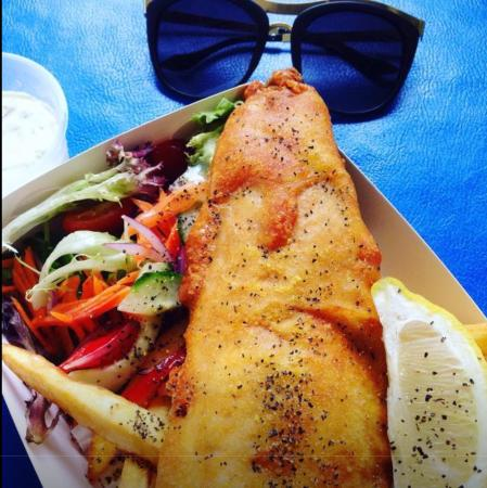 Selfish Fish N Chips: Awesome day for an awesome fish n chip meal