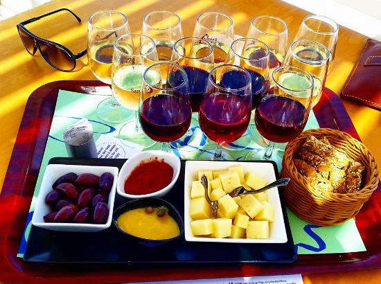 Scirocco Apartments: Santo winery - only 22 euro for the flight