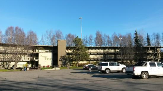 Parkwood Inn: More than enough Parking!