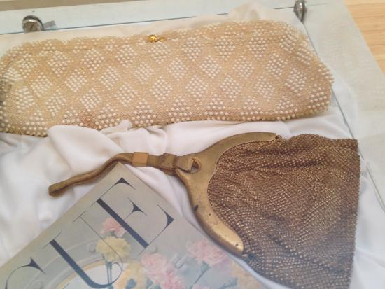 Casa De Coronado Museum: Designer purses from the 1930's