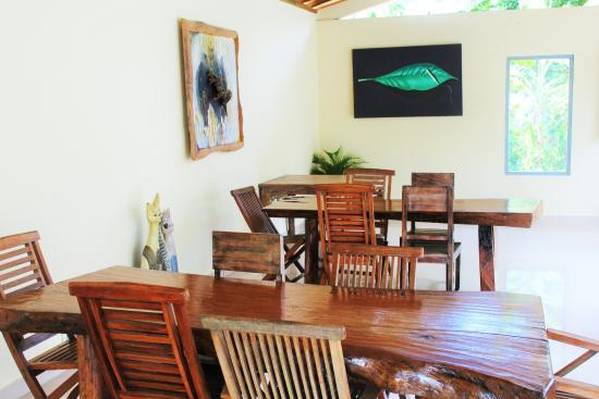 Junjungan Suite Villa: Dining area
