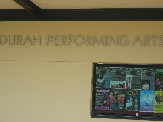 Mandurah Performing Arts Centre: 外観1