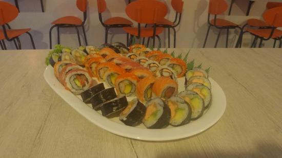 Kukku Sushi y Wok Sabaneta