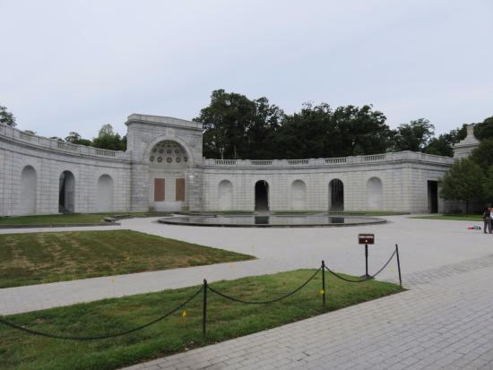 Women in Military Service for America Memorial : 外観