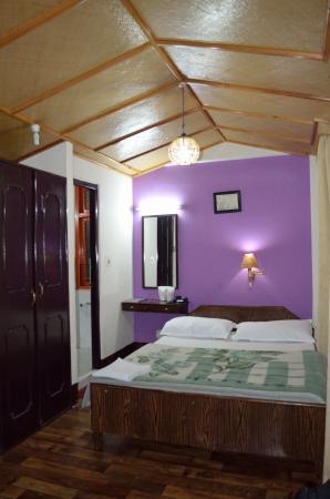 Anola Hotel : bedroom