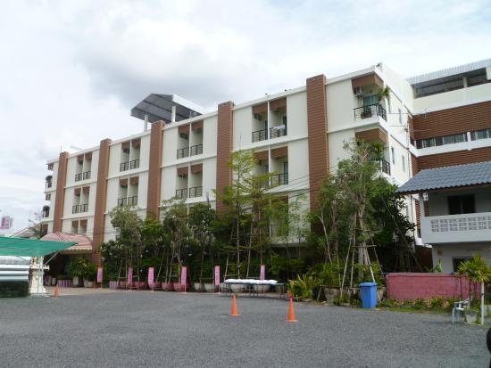 Moderne Fassade moderne fassade außenansicht vom parkplatz picture of boonsiri
