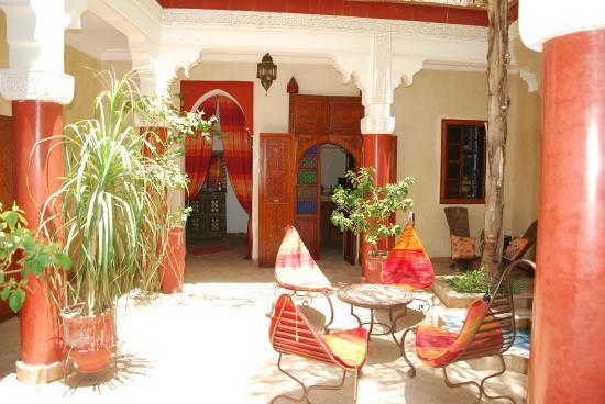 Riad Shalimar: patio